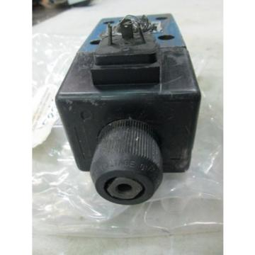 Mannesmann Japan Germany Rexroth Spool Type D Directional Control Valve #4WE10D33 (Used)