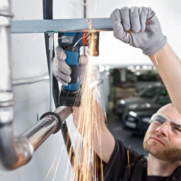 """Bosch GWS 10.8-76 V-EC Professional Cordless 3"""" Angle Grinder (2x2.0Ah) - Fedex"""