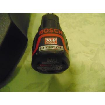 Bosch BC430 Lithium 30-MiNute Charger With Bosch 10.8-Volt Battery