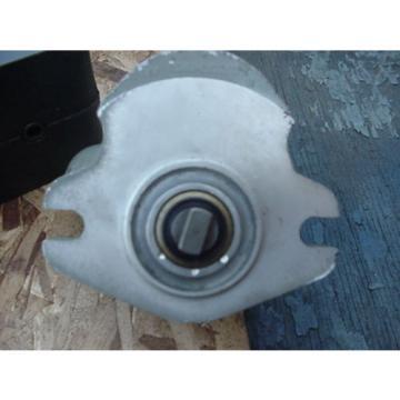 origin Eaton Cessna hydraulic gear pump 24206 LAS 24206LAS tang drive