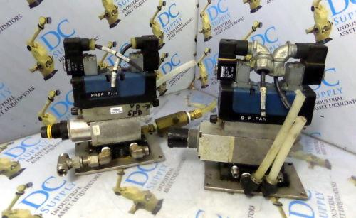 WABCO Australia France CERAM REXROTH GS20062-3939 24V  PNEUMATIC VALVE W/ MANIFOLD LOT OF 2