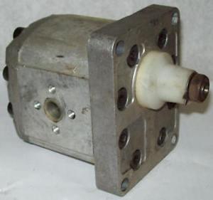 Sundstrand Sauer Hydraulic Pump TFP200/11DC0/01/7G