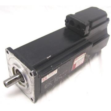 INDRAMAT Singapore USA REXROTH   AC SERVO MOTOR  MKD041B-144-KP1-KN    60 Day Warranty!