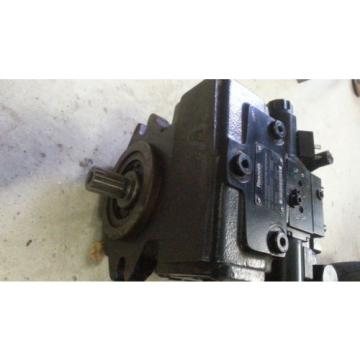Hydraulikpumpe Greece Korea Rexroth A10VG45EP1D1/10R-NSC10F023DH Fahrpumpe Haulotte