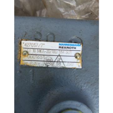 LT10 Egypt India MKA-20/100/19M SO1 Mannesmann rexroth valve 427037/7 for digger