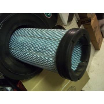 Genuine  Komatsu  Inner And Outter Air Filter Kit Part Number  600-185-5100
