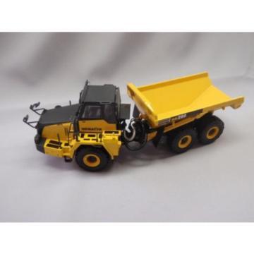 New! Komatsu dump truck HM250 1/50 DieCast Universal Hobbies  f/s from Japan