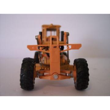 VINTAGE DIAPET KOMATSU GD605A MOTOR GRADER 1:50 SCALE ORANGE VERSION (T-74) NBOX