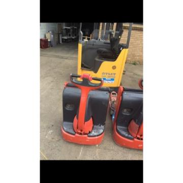 FORKLIFT , LINDE PALLET MOVER T16 , GREAT UNIT AT THIS PRICE , CHEAP AS CHIPS