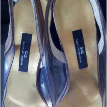 $650 NIB Susan van der Linde Leather/Lucite Strapped Heels 38.5 size