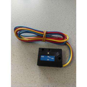 Micro switch Linde 7915497018 R14/16/16N/20/20N R20P, A10Z BR113,114,117,368
