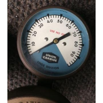 VINTAGE BRASS UNION CARBIDE LINDE DIVISION WELDING REGULATOR PRESSURE GAUGE