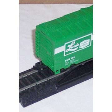 HO Scale Life Like Linde Company Industrial Cases LAPX 358 box car