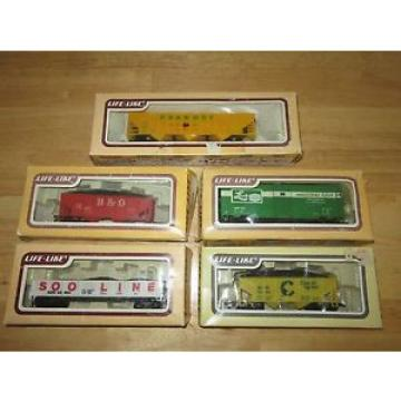 HO SCALE 5 CAR LOT - Life-Like LINDE,  B&0 BOXCAR Chessie System Peabody Cargo