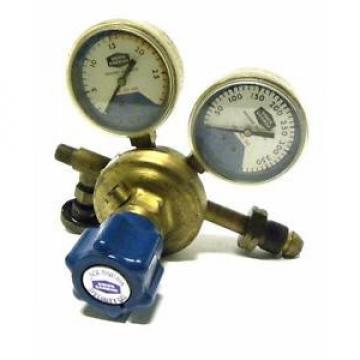 UNION CARBIDE CORP. LINDE SG-9048 GAS PRESSURE REGULATOR