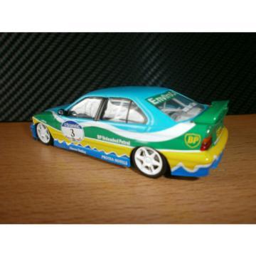 Minichamps BMW 320i Tourenwagen 1990 Van der Linde 1:43