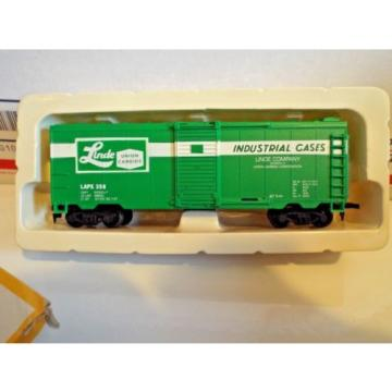 Vintage Life-Like box car 'Linde'  IN BOX === FREE POSTAGE in the USA