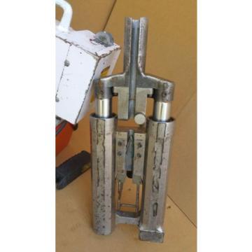 SPX PowerTeam PE550 Hydraulic Pump 10,000 PSI/ 700 Bar w/ Post-Tension Jack