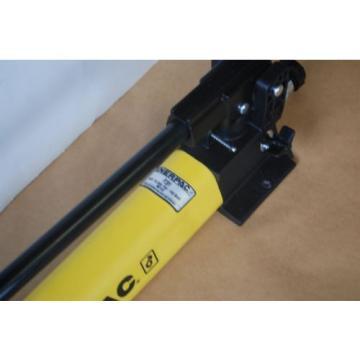 ENERPAC P-391 HYDRAULIC HAND PUMP 10,000PSI W/ CR400 COUPLING USA MADE NEW