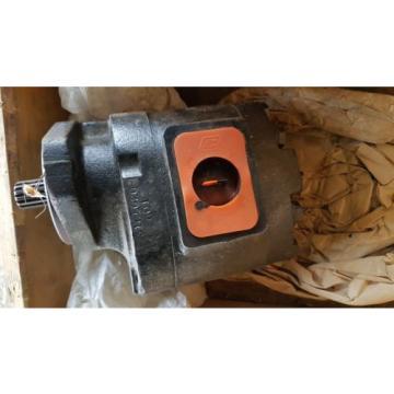 New Parker Hydraulic Pump 3169114004 / PGP076B498BEOZ30-7