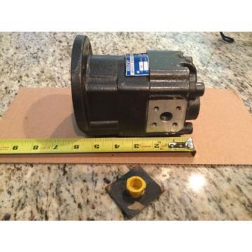 New Kracht Hydraulic Gear Pump 11 cm/u D598 Werdohl KP1/11 F10A X00 3ML1