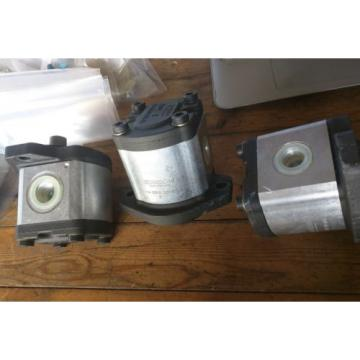 New - BOSCH HYDRAULIC PUMP 0510-525-031 087 BOSCH 05105250315 (3 available)