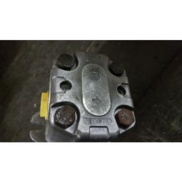 New Danfoss Hydraulic Gear Pump SNP2/14D Made in Italy