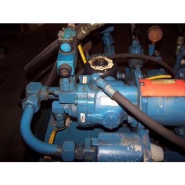 VICKERS 15 HP HYDRAULIC POWER UNIT 30 GALLON 3000 PSI PVQ20-B2R-SE1S-21