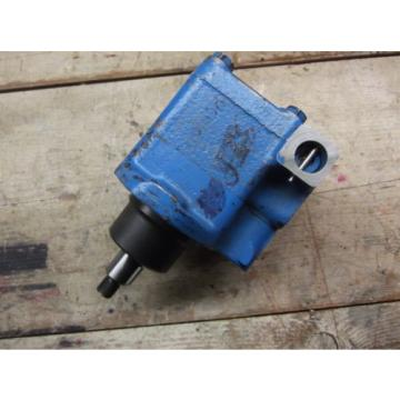 VICKERS VTM-42 HYDRAULIC STEERING PUMP. MANY APPLICATIONS!!! USED! GREAT SHAPE!!