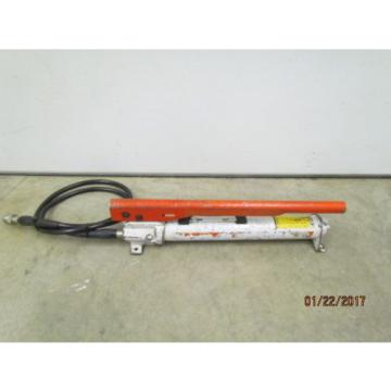 Power Team Hydraulic Hand Pump with Hose and Coupler P-55
