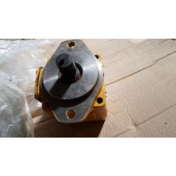 New Caterpillar Vane Hydraulic Pump Fixed Displacement 215-7797 / 2157797