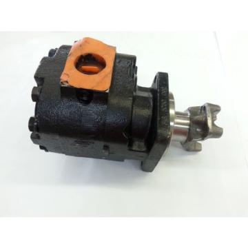 Parker 316-5030-002 Hydraulic Gear Pump 3169310451-1373300 w/ Drive Yoke