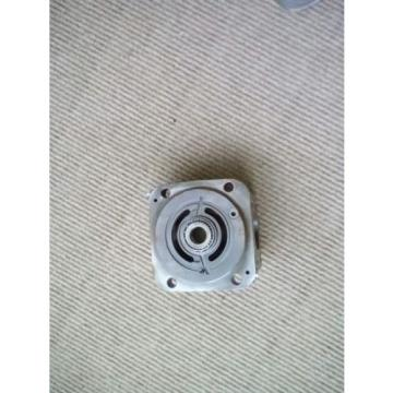 No.2 new eaton 420 piston hydraulic pump end cover side port part 9900267-005