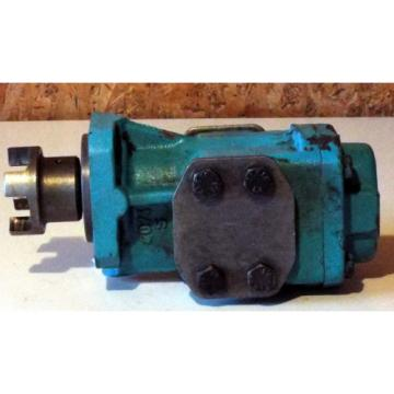1 USED KRACHT KF63RF 23/340-GJS HYDRAULIC PUMP . ***MAKE OFFER***