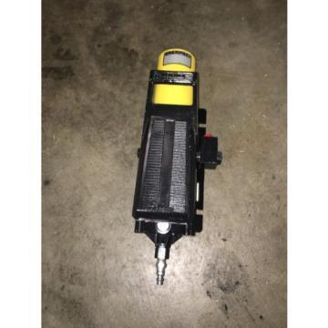 Enerpac PA-136 Air Hydraulic Power Pump 3000 Psi Max.
