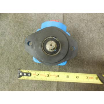 NEW VICKERS POWER STEERING PUMP # 8164882 VOLVO TRUCKS