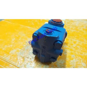 Vickers 02-142737-7 Single Vane Pump V20F 1S12S 38C7H 22L V20 12 GPM Eaton NEW