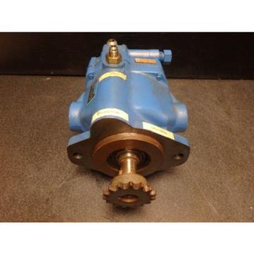 Vickers Hydraulic Pump PVB10 RSY 31 CM 11 _ PVB10RSY31CM11