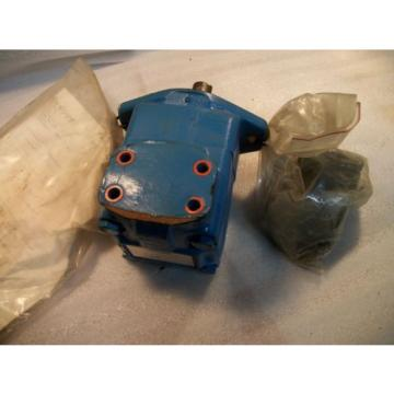 Vickers Hydraulic Pump Model Number 25V21A  or  1A22R or 2137117-1