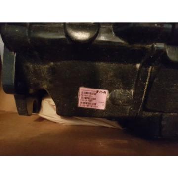 New Eaton Tandem Hydraulic Pump Unit 78590-RAL / 70553-RBT