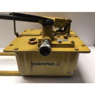Enerpac P462 Hydraulic Hand Pump 700 Bar/10,000 PSI