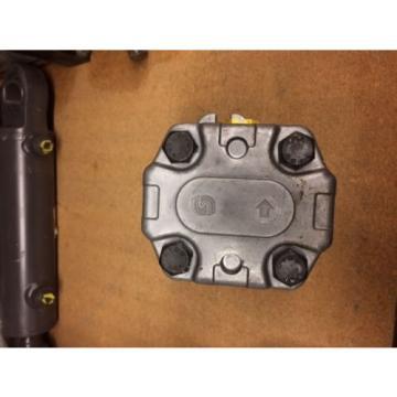 Sauer Danfoss SNP2 Model Gear Pump Hydraulic