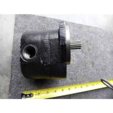 NEW DANFOSS HYDRAULIC PUMP 800D1759
