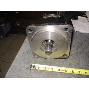 NEW PARKER COMMERCIAL HYDRAULIC PUMP # 312-9111-412