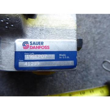 NEW SAUER DANFOSS HYDRAULIC GEAR PUMP 41299