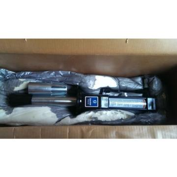 New Graco Dyna-Star Hydraulic Reciprocator 239883 and Pump 224912