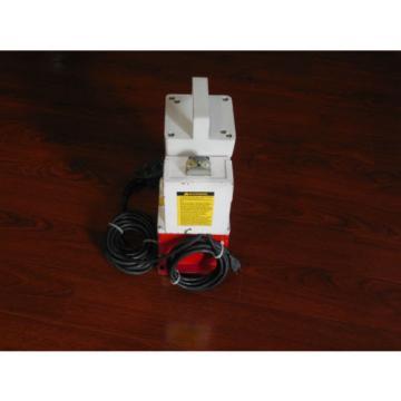 BURNDY EPP10 Lightweight Hydraulic Pump, 10,000 psi