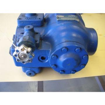 Vickers Hydraulic Combination Pump & Valve VC-1380-6-230B5