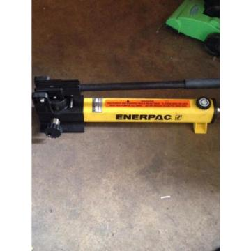Enerpac P-2282 hydraulic pump, 40 000 PSI