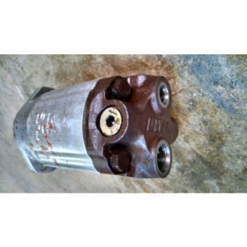 Ultra Hydraulic Gear Pump Forklift 5738 2795 8676-943-00Y